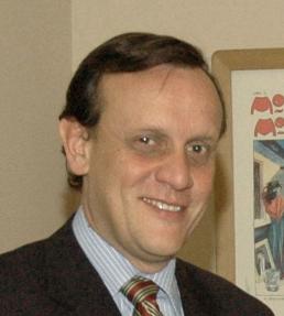 El decano de la Facultad de Medicina de la UC, Ignacio Sánchez