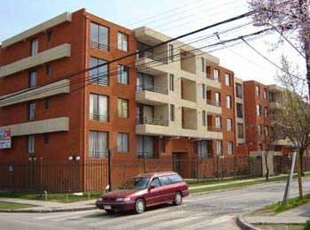 Así lucía el edificio antes del terremoto que alcanzó en Santiago una intesidad de VIII grados en la escala de Mercalli.