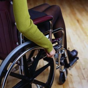 Brecha de género se agudiza entre trabajadoras discapacitadas
