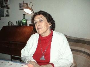 Libro recopila por primera vez el teatro completo de la dramaturga Isidora Aguirre