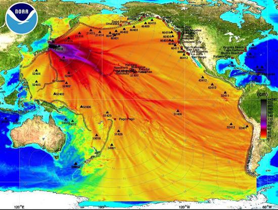 Este mapa difundido por la Administración Nacional Oceánica y Atmosférica (NOAA) muestra la amplitud de onda máxima del tsunami generado por el terremoto de magnitud 8,9 que sacudió la costa noreste de Japón.