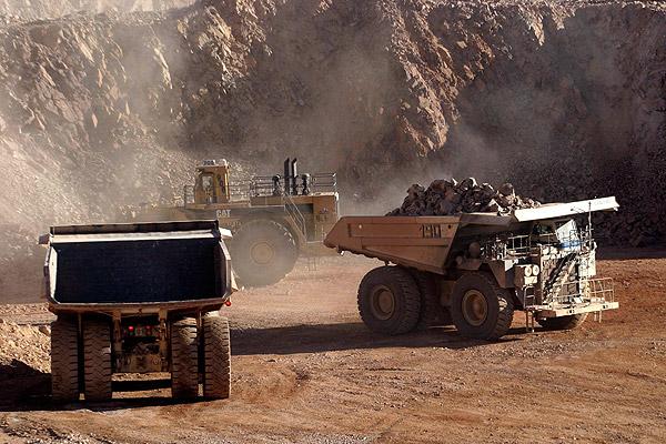 Moody's sube perspectiva crediticia de Escondida y dice que huelga no afectaría ni producción ni liquidez financiera de la minera
