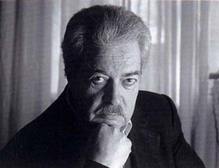 Escritor Díaz Eterovic rinde homenaje a su colega José Miguel Varas a 10 años de su muerte