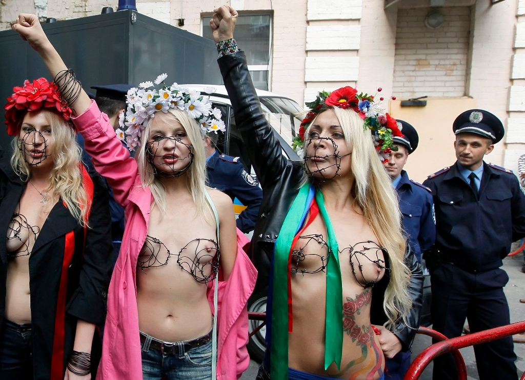 Ucranianas Nude 105