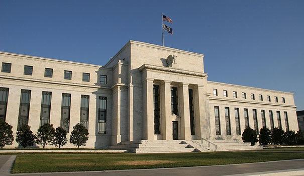 Ex presidente de la Reserva Federal advierte que la economía en EE.UU. se podría contraer en un 30% o más por el impacto del COVID-19