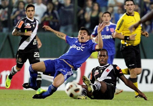 Falta de Dedé a Francisco Castro, el joven atacante fue reemplazado por lesión