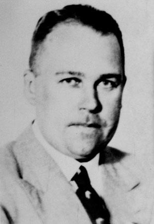 Paulmann, Dr jur Werner