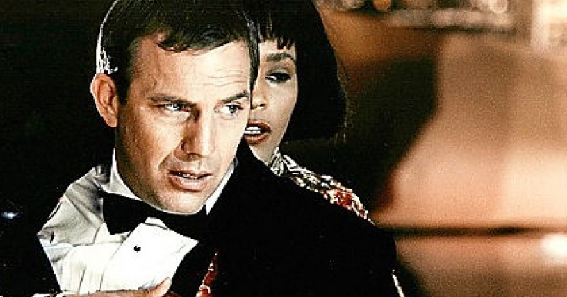 Kevin Costner hablará en funeral de Whitney Houston