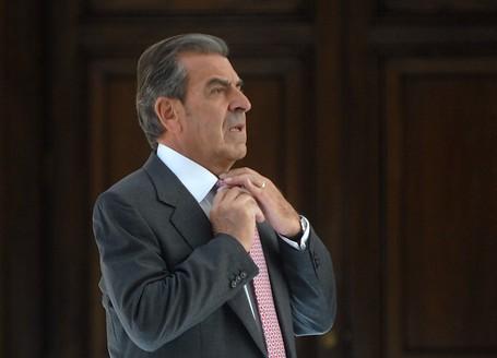 Eduardo Frei bajo amenaza de embargo: factoring pone en la mira la casa particular del expresidente y la oficina de su hija