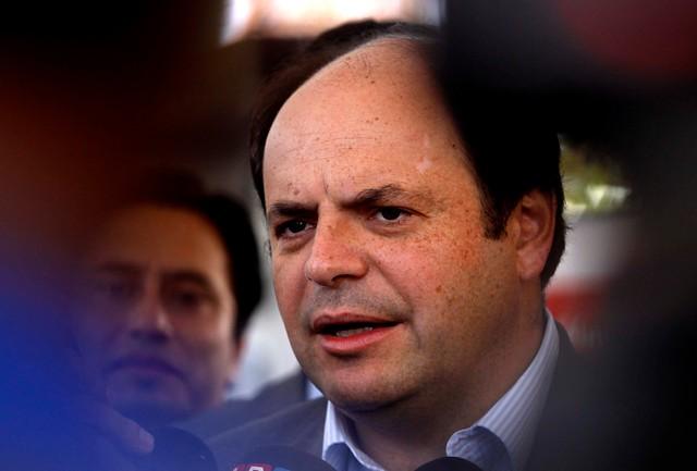 Álvarez recula y desecha oferta de polémico holding de la basura en postulación a la testera de la Sofofa