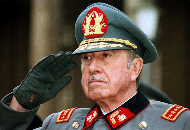 La transición incompleta: la derecha a 20 años del arresto de Pinochet