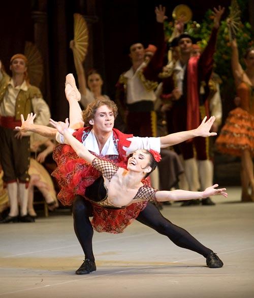 """Exitosa transmisión vía streaming del ballet """"Don Quijote"""" desde San Petersburgo"""