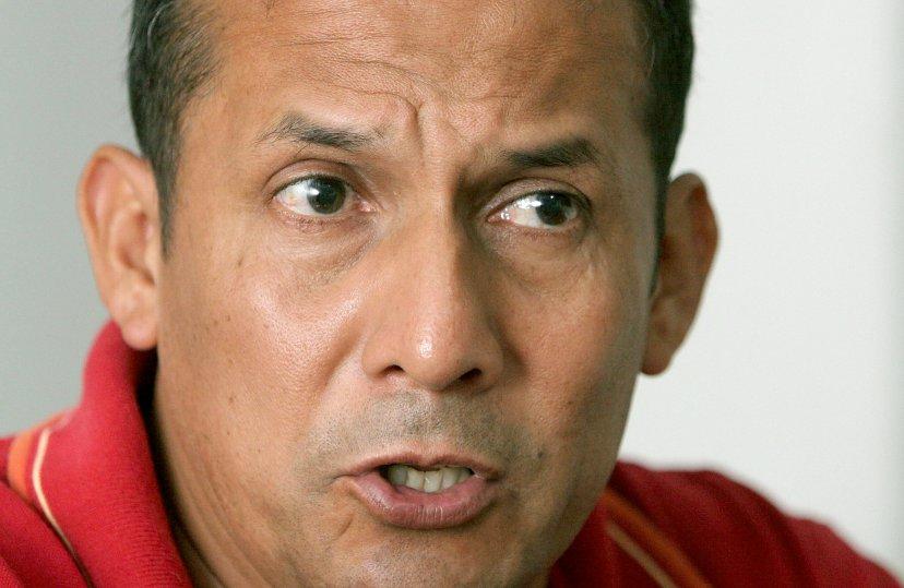 Ollanta Humala designa a nuevos ministros tras renuncia de todo su gabinete