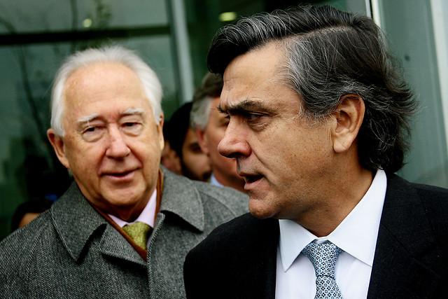 Longueira visita el Costanera Center y  Horst Paulmann baja perfil a congestión del sector