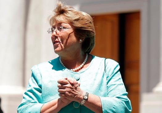El silencio de Bachelet que alimenta nerviosismo y especulaciones en la Concertación