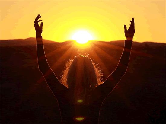 Suplementos y luz solar benefician la salud de los huesos