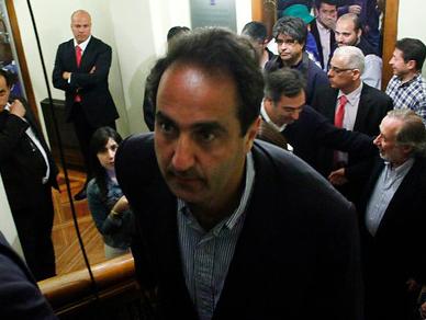 Zalaquett pierde en Santiago y arrastra a La Moneda en compleja derrota para la derecha
