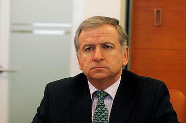 Oposición expresa su molestia al titular de Hacienda por falta de diálogo en tramitación del Presupuesto 2013
