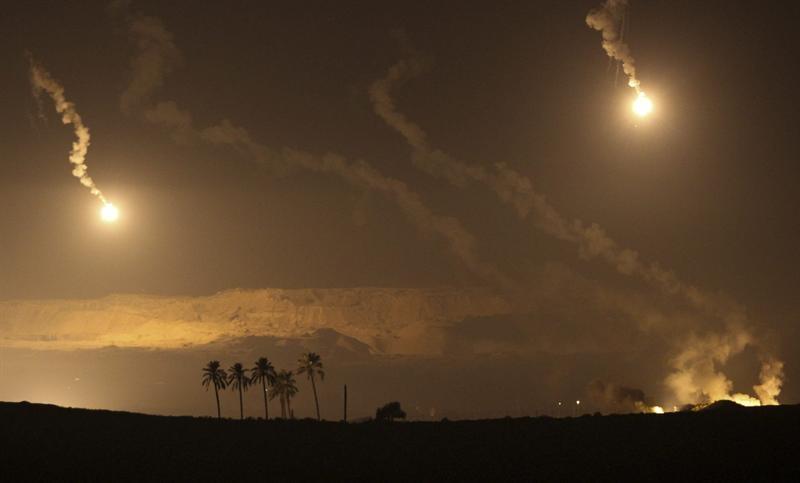 Pasada la medianoche continuaban los bombardeos israelíes en Gaza