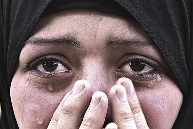 Al menos 28 palestinos muertos en Gaza, que aguarda una invasión terrestre