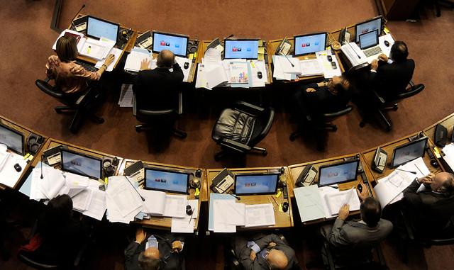 Longueira celebra principio de acuerdo con senadores de la Concertación para destrabar artículos polémicos de la Ley de Pesca