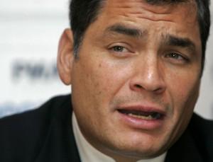 Ecuador: condenan a Rafael Correa a ocho años de prisión y lo inhabilitan políticamente