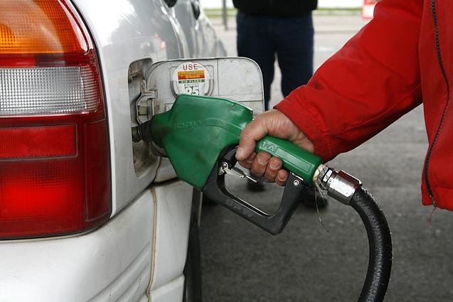 Econsult: Precio promedio de gasolinas se incrementaría marginalmente a partir del 17 de enero