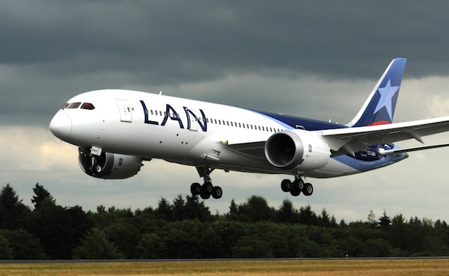 El Dreamliner: una pesadilla para Boeing con LAN sumándose a la lista de aerolíneas que suspenden los vuelos