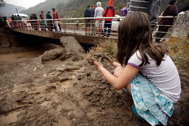 Aguas Andinas anuncia plan de emergencia para abastecer de agua potable a Santiago