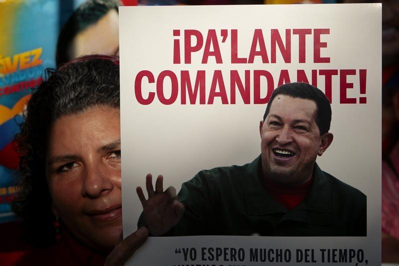 Chávez cumple un mes en Cuba entre hermetismo, oraciones y ritos por su salud