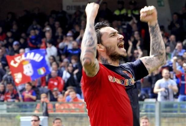 Fútbol: Mauricio Pinilla dijo presente en empate del Cagliari ante el Palermo