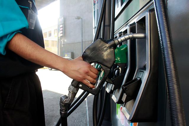 Venezuela recurre a gasolina europea para sobrevivir a apagones