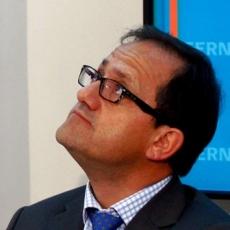 Acusaciones al ministro Beyer: es fácil construir un espantapájaros para luego destruirlo a palos