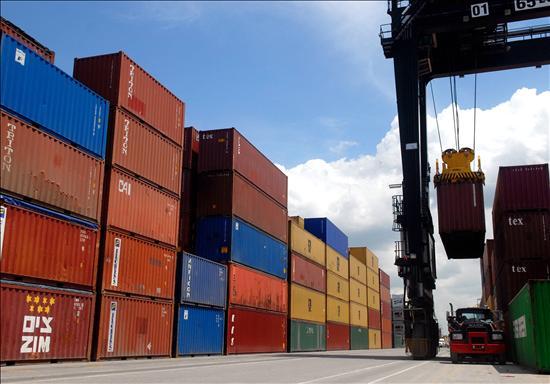 Exportaciones sufren contracción de 20,7% durante mayo, aunque los envíos a China registran considerable alza