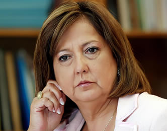 Soledad Alvear dice que no se inhabilitará para votar la acusación contra el ministro Beyer