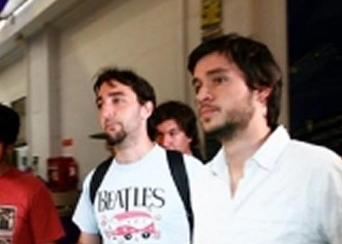 Estudiantes celebran destitución de Beyer pero advierten que seguirán movilizándose contra el lucro