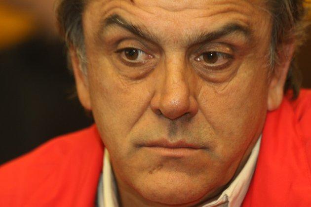 El amague de Longueira para denunciar al diario de Copesa ante el Consejo de Ética de los Medios