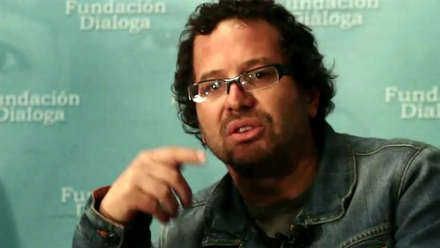 """Patricio Fernández:  """"Apenas hemos escuchado la voz de Bachelet, y pocos hablan orgullosamente en nombre suyo"""""""