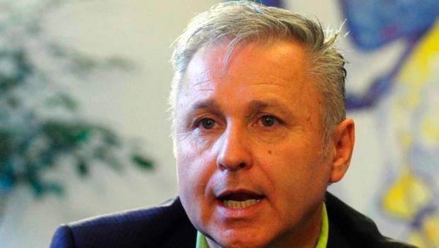 Marcel Claude llama a crear una nueva Asamblea Constituyente que