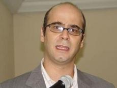 Fernando Atria, la bestia negra del partido del orden