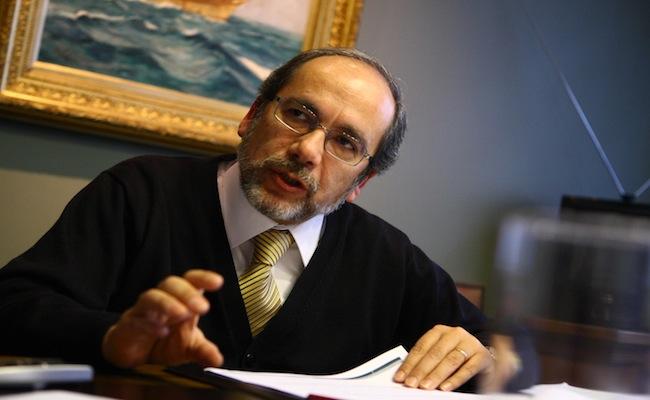 Gustavo Arriagada, el superintendente de bancos que emitió la ahora