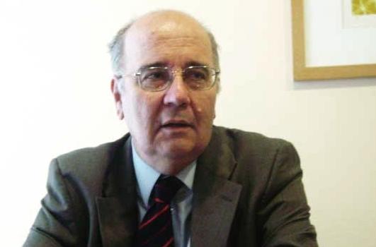 Califican de ilegales dichos de Uriarte sobre subordinación en TVN