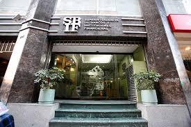 Superintendencia de Bancos deroga normas que permitían alzas de cobros unilaterales a los clientes