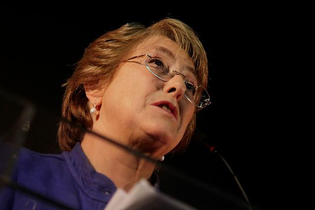 """Bachelet le envía mensaje a Morales: """"La cesión de soberanía no está en discusión"""""""