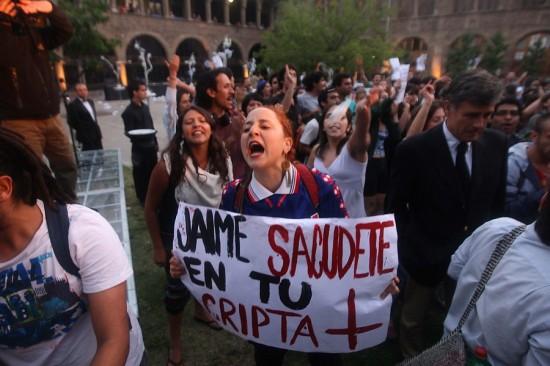 Corte Suprema respalda sanción a estudiantes que funaron aniversario de Fundación Jaime Guzmán