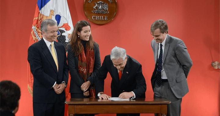 Piñera firma proyecto que crea el nuevo Ministerio de Cultura