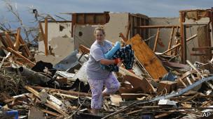 La población de Oklahoma está acostumbrada a los tornados pero el del lunes fue devastador.