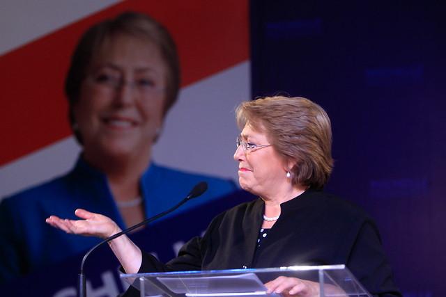 Bachelet reafirma que habrá nueva Constitución y apuesta a ganar en primera vuelta
