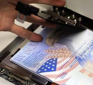 Trump aumenta requisitos de visa para argentinos y brasileños