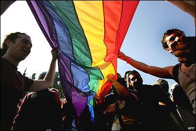 Movilh celebra que ex alcalde Arriagada haya hecha pública su homosexualidad